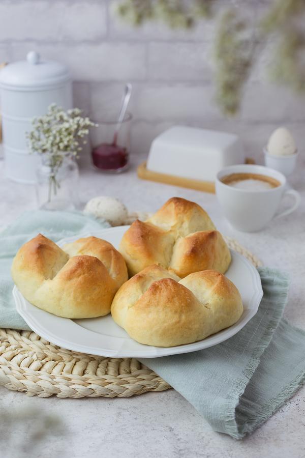 Fluffy vegan easter bread on a white plate