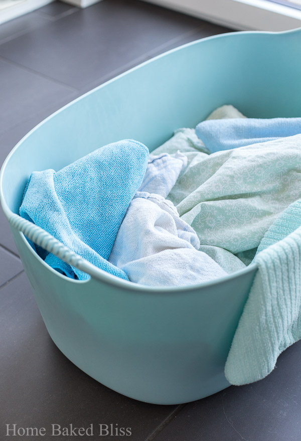 cleaning with vinegar, cleaning, cleaning tips, spring cleaning, clean home, how to clean with vinegar